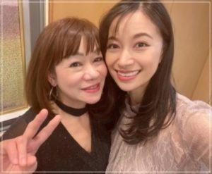 高橋ユウと母親