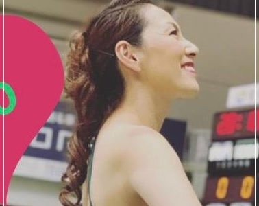渡辺陽子(YO-CO)は46歳でチアデビュー!3児の母でプロバスケのストークス所属