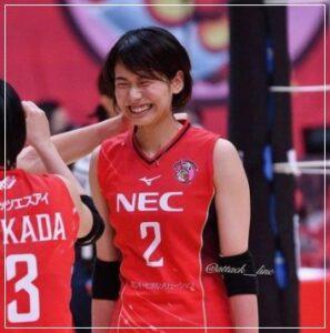 古賀紗理那の可愛い笑顔写真