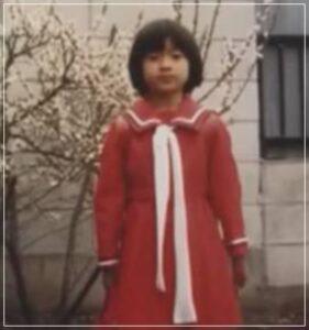 篠原涼子の子供の頃の写真